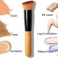 Wood Handle Makeup Brushes Professional Cosmetics Liquid Fou...