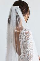 Uno strato Accessori perle veli da sposa con il pettine Tulle molle lunghe di prezzi all'ingrosso di veli da sposa da sposa economici per la sposa Accessori sposa