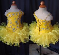 Gerçek Görüntüler Çiçek Kız Elbise Sarı Glitz Küçük Kız Pageant Elbise Spagetti sapanlar Kristal Boncuklu fırfır Kısa Çocuk Bebek Parti Elbise