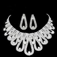 2019 Romantische Perlen-Designer mit Kristall Günstige Zwei Stücke Ohrringe Halskette Strass Hochzeit Braut Sets Schmuck-Set Jewerly
