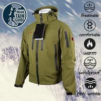 Uomini giacca invernale con cappuccio Softshell per antivento e impermeabile morbido cappotto Shell Jacket Giacche Cappotti Veste Homme 2019 Nuovo