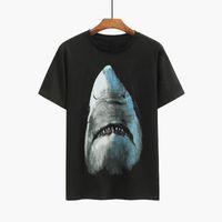 Famosa Mens Stylist magliette maniche estate degli uomini del bicchierino del cotone di alta qualità Shark Uomini Stampa T Shirt