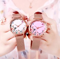 Damen-Uhr-Dame-Hot Art-Licht-Luxus-Quarz-Uhr Female Douyin Web Promi gleicher Stil