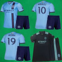 2019 New York Soccer Jersey Shorts 19/20 MLS NEW YORK CITY PIRLO DAVID VILLA MORALEZ LAMPARD Kit da calcio New York Maglie da calcio per adulti Pantaloni