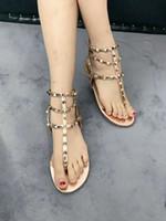 Zapatos Mujer Rivet Beach Tanga Sandalo Estate Scarpe Donna Pietre Borchiato Sandali con sandali a gladio Spiked Infradito Plus Size # 9025