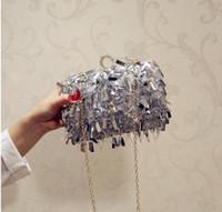 Tassel Diamond Pochette Borse da donna Borsa da donna Borse a mano Bianco Borse da sera per il partito Borsa a tracolla d'argento con catena d'oro