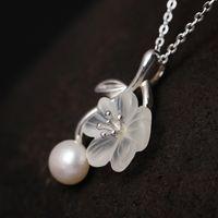 New Hochzeit Schmuck Geschenke Authentisches 925 Sterlingsilber-natürliche Frischwasserperlen-Kristallblumen-hängende Halskette für Frauen Ethnischer Schmuck