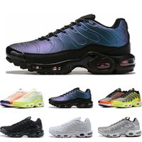 2019 Top quality running shoes for men triple white black Vo...