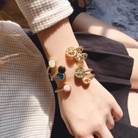Lüks Takı Tasarımcısı Kadınlar Için Gül Altın Bilezikler Açık Manşet Bilezikler Sıcak Moda Ücretsiz Kargo Moda Lüks Tasarımcı Mücevherler
