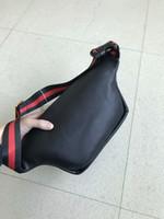 2019 Diseñador al aire libre Paquetes Mochilas El más nuevo estilo de la marca Bumbag Bolsa de hombro Autn Material Bumbag Fanny Paquete Bum Bolsas de cintura