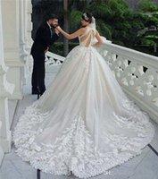 2020 Abiti da sposa appliquerati in pizzo di lusso Abiti da sposa Vintage Halter Plus Size Open Back Bridal Gown Robes de Mariee