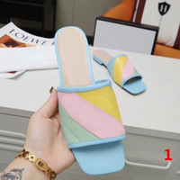 럭셔리 디자이너 여성 여름 샌들 비치 슬라이드 슬리퍼 숙녀 플립 슬리퍼 패션 샌들 상자 35-43 대형 신발 샌들