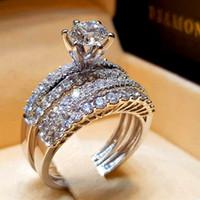 Bonito Feminino Cristal Branco Diamomd Anel Set Luxo 925 Anel De Noivado de Prata Do Vintage Anéis De Casamento De Noiva Para As Mulheres