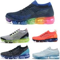 2018 جديد 2.0 بيع ضوء لينة رياضة المرأة تنفس أحذية رياضية الرياضة كورس التنزه الركض جورب رياضة رجل الاحذية