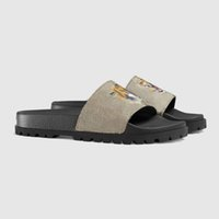 Flip all'ingrosso Flops gomma Designer diapositive Sandalo broccato floreale Uomini Slipper Gear Bottoms donne della spiaggia di estate ha barrato i pattini casuali