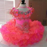 2020 Princess Cupcake Blumenmädchenkleider Kappenhülse Kristall Korallen Rosa Mini Kurz Ball Kleid Mädchen Pageant Kleider Kleine Baby Kinder Kleid