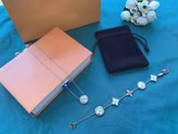 Europa America America Style Set di gioielli Lady Donne V Iniziali Bianco Bianco Bracciale in oro rosa Diamante Singolo