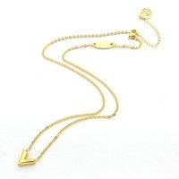 Colar de aço inoxidável de alta qualidade aumentou prata ouro em forma de V Pingente 18K Colar Ladies ouro