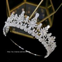 ASNORA New 3A Tiaras Zirkonia Dreidimensionale Blumen Kronen-Form-Hochzeit Zubehör Braut Haarschmuck Kopfschmuck-Party