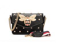 높은 품질의 새로운 여성 컬러 접합 작은 꿀벌 가방 패션 디자이너 핸드백 캐주얼 어깨 가방 메신저 가방 새로운 골목 팜므