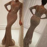 Robes à manches longues Porter des cristaux de luxe Cristaux de luxe Robes de soirée Zuhair Murad Celebrity Robe de bal