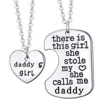 Collana Famiglia Per Donna Uomo c'è questa ragazza che ha rubato la mamma papà nonno Tag Collana incisa Gioielli per la famiglia Collana in acciaio inossidabile
