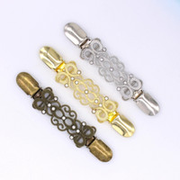 New 13.5cm Europäische Retro- Kristall Cardigan Clip Kleidung Strass Decorative Buttons Metallschnallen Garment Pullover Pins Brosche