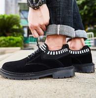 Alta Qualidade 2020 melhores homens de venda de designer sapatos da moda moda esportes tênis casuais sapatos de corrida dos homens de dois tons selvagens