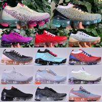 Yeni Sinek 3.0 Erkek Tasarımcı Koşu Ayakkabıları 2019 Örgü Kadın Üçlü Beyaz Siyah Gri Mavi Mor Yüksek Kaliteli Açık Spor Eğitmenler Sneakers