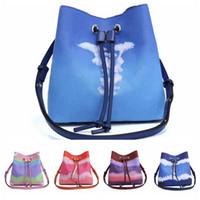 المرأة حقيبة يد الأزياء الملونة الرباط دلو حقيبة سعة كبيرة حقيبة الكتف جودة عالية الجلود التعادل صبغ أكياس التسوق
