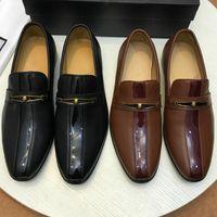 Hot Sale-New hommes chaussures noir business chaussures mode confortable chaussures décontractées classique chaud style fabricants promotion