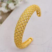 Annayoyo 4 stücke Neue Mode 24k Gold Farbe Hochzeit Armreifen Für Frauen Braut Armbänder Äthiopisch / Frankreich / Afrikaner / Dubai Schmuck Geschenke