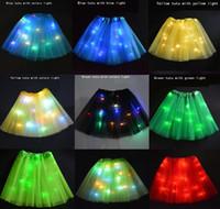 3 unids / niños de baile de cumpleaños llevó luces tutu faldas del partido de malla para el rendimiento Sexy Light Up Ball Mini Tutu vestido de lujo llevó el partido