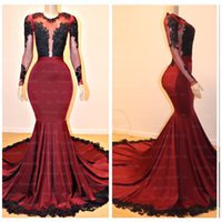 2019 Borgogna Girocollo maniche lunghe Prom Dresses Sheer Illusion Pizzo nero appliqued Mermaid Evening Prom Dresses Lungo Sweep Train
