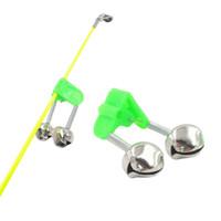 Alarme 100pcs / lot Fischen-Bissen Angel Bell-Rod Clamp Tipp Clip Bell-Ring-Grün ABS Angelzubehöraußenmetall