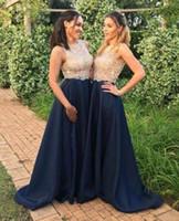 2019 Формальный военно-морской флот синие длинные платья подружки невесты платья жемчужины шеи шампанское шампанское золото ясное кружевное боси линия сатин нижние подружки невесты формальное платье