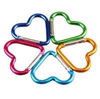A forma di cuore moschettone in lega di alluminio esterna con fibbia per i viaggi colorati Oggetti Portachiavi novità CCA11221-A 1600pcs