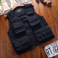 Mangas de los hombres Chaleco clásico de verano bolsillo multi descarga de cargas sólidas Escudo trabajo Chaleco táctico fotógrafo prendas de vestir exteriores de la chaqueta