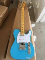 Guitarra azul placa de hielo TL alta calidad de la guitarra eléctrica, proporcionando servicio de personalización personalizada