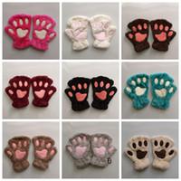 Kadınlar Bayanlar Kız RRA2109 için 1 Çifti Güzel Kış Eldiven Sevimli Peluş Sıcak Eldivenler Kedi Pençesi Kısa Parmaksız Eldivenler Yarım Parmak Eldiven