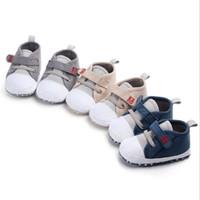 أزياء طفل رضيع Prewalkers اطفال جميلة أحذية سرير مريح الشتاء الاطفال الأحذية للعام الجديد جودة عالية