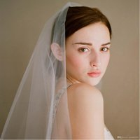 In Stock Fashion White Two- Layer Wedding Veils with Comb Bri...