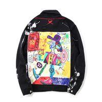 Mens Jacket di Hip Hop di jeans Giacche oversize graffiti dipinti Jeans Giacche Mens strappato il cappotto Streetwear Asiatica Misura M-2XL