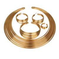 bijoux de mode nuptiaux Nigeria Dubaï or couleur bijoux africains en boucle de fil Collier Bracelet manchette boucles d'oreilles Bague ensemble de bijoux de mariage