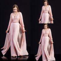 기차와 코럴 핑크 쉬폰 레이스 댄스 파티 점프 수트 바지 정장 2020 년 현대 V 넥 긴 소매 아랍어 행사 이브닝 드레스