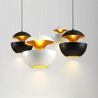 북유럽 디자이너 블랙 / 화이트 알루미늄 사과 모양 주도 펜던트 조명 바``램프 Luminarias이 Lamparas Fixtures110V을 일시 중단 260V 매달려