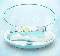 Ребенок Автоматическая электрическая Nail Trimmer младенца Маникюрный набор с LED переднего света Младенец Уход за ногтями Ножницы электрические маникюрные Kit GGA3501