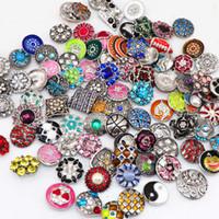 Snaps Takı Bilezikler Kolye Vb için diy 100pcs / Lot Değiştirilebilir Snaps Düğmeler 18mm 20mm Mix Stili