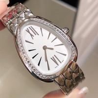 النساء مصمم الفاخرة الماس الساعات الذهب والفضة الكوارتز ثعبان ووتش غير القابل للصدأ الصلب اللباس السيدات ساعة اليد سوار ساعة الإناث