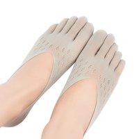 Señoras terciopelo del ciruelo del calcetín de malla superficial del silicón invisible Barco calcetines de cinco dedos del calcetín zapatillas calcetín deporte al aire libre de la yoga